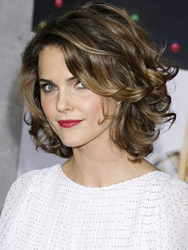 Cute And Nice Short Curly Hairstyles For Women