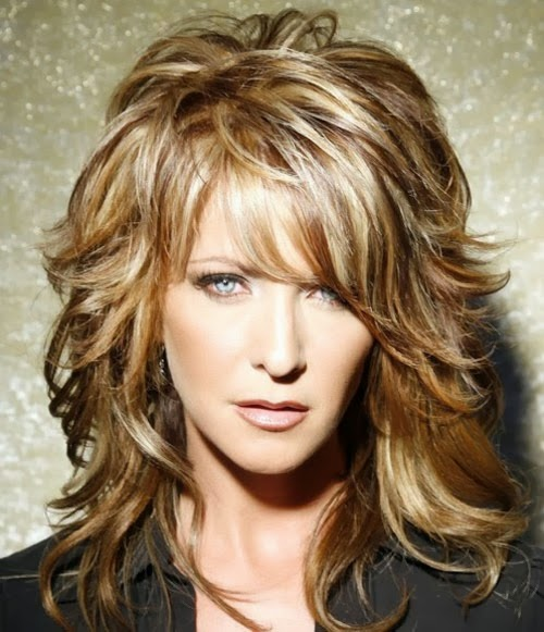 20 Medium Layered Hairstyles Ideas - The Xerxes
