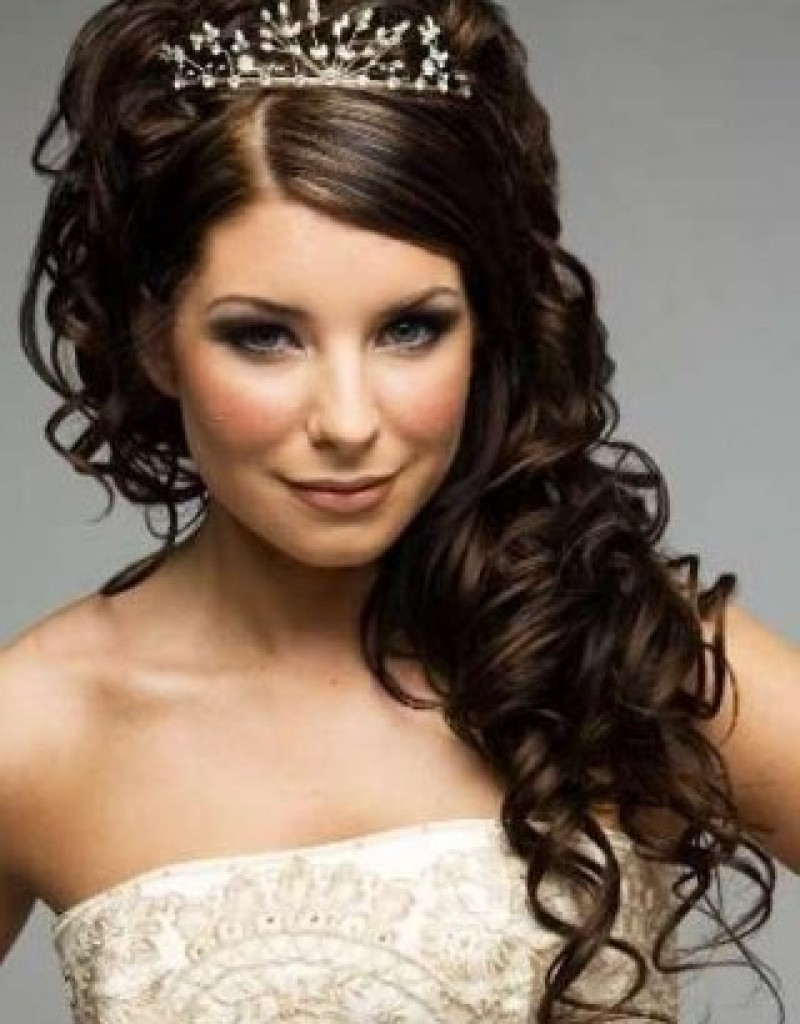 Wedding Hairstyles for Curly Hair..