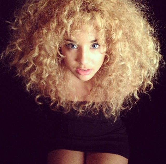 haircuts for curly thick frizzy hair pictures