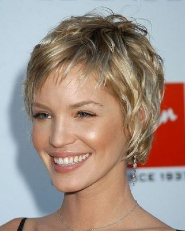 Super Short Haircut for Women Over 50 Ideas