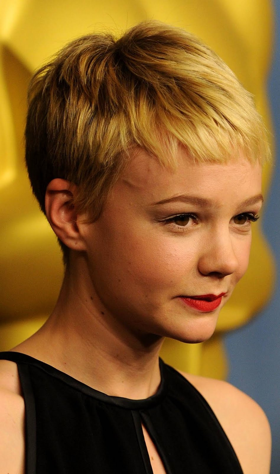 Snazzy Short Pixie Hairstyles