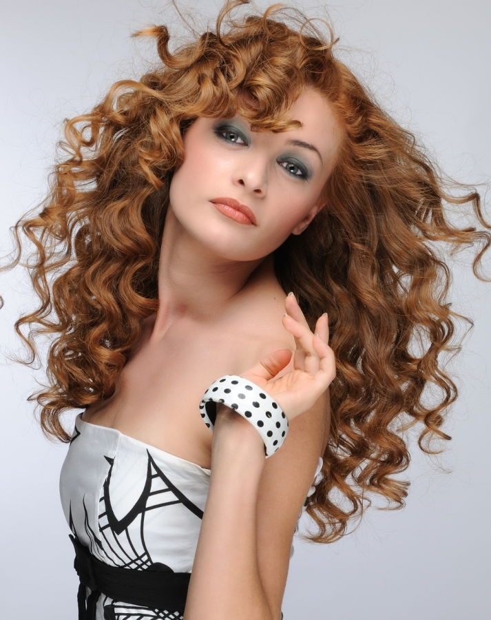 Top 15 Curly Hairstyles Good Enough for Work - The Xerxes