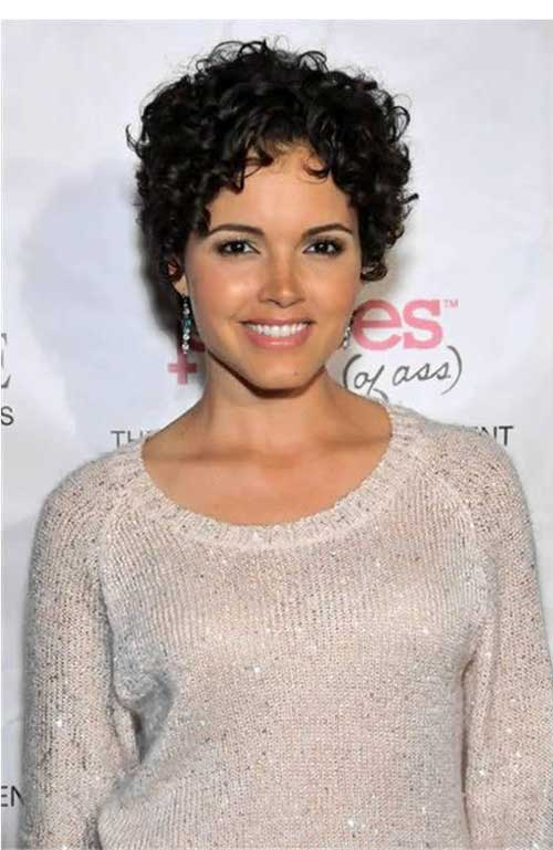 Susie Castillo's Awesome Curly Pixie Haircut
