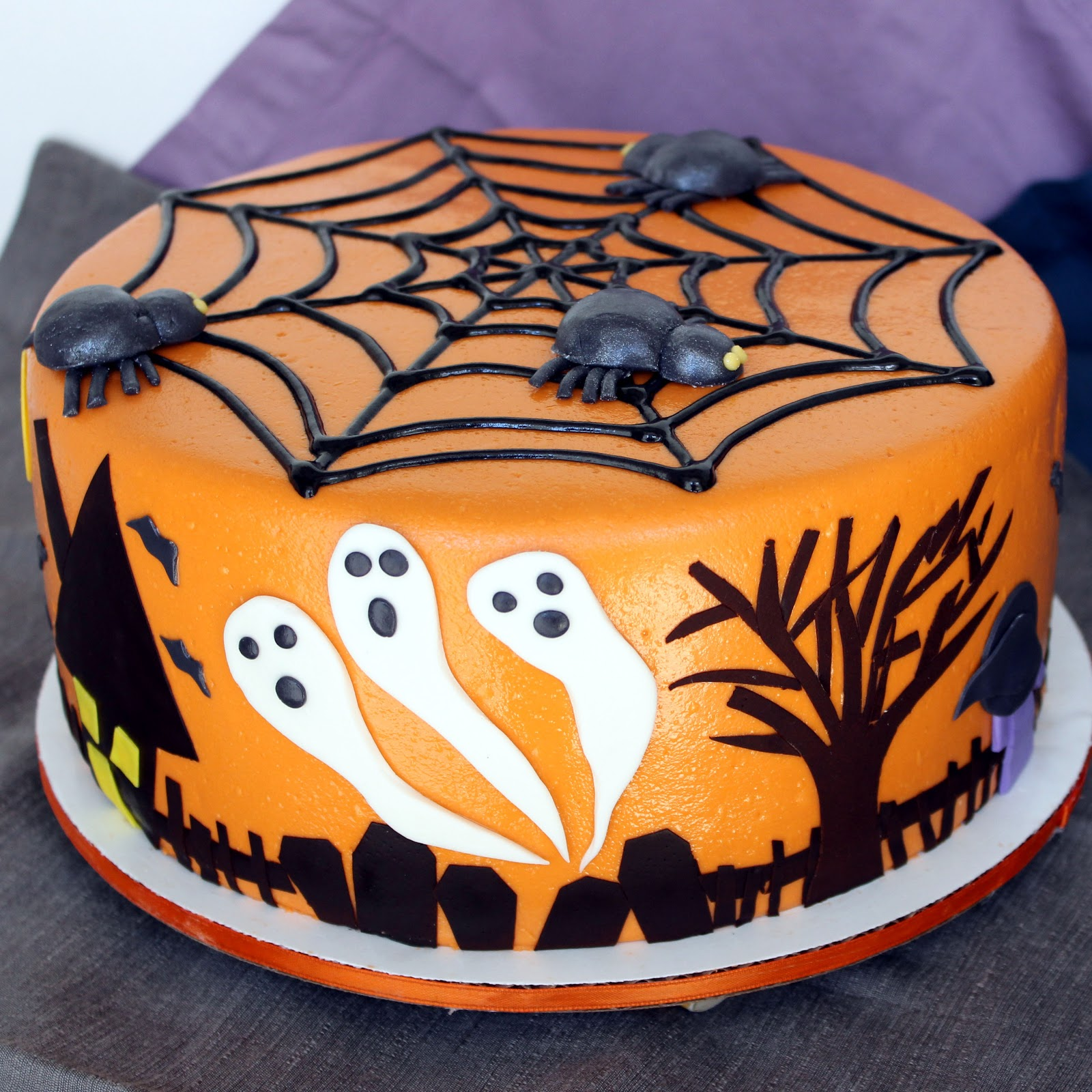 Cake Decorating Ideas Halloween : Halloween Cake Ideas - The Xerxes