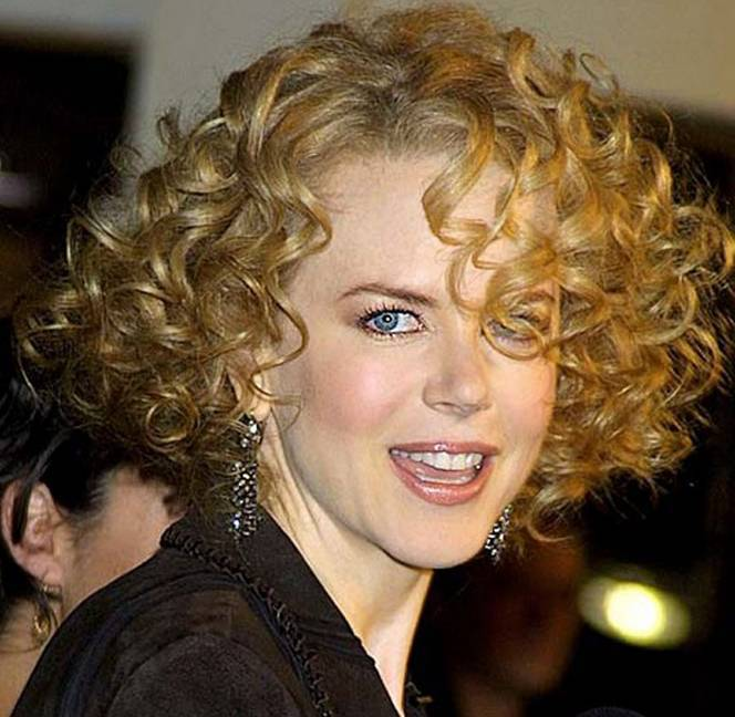 Mind-Blowingly Gorgeous Hairstyles for Fine Curly Hair ...