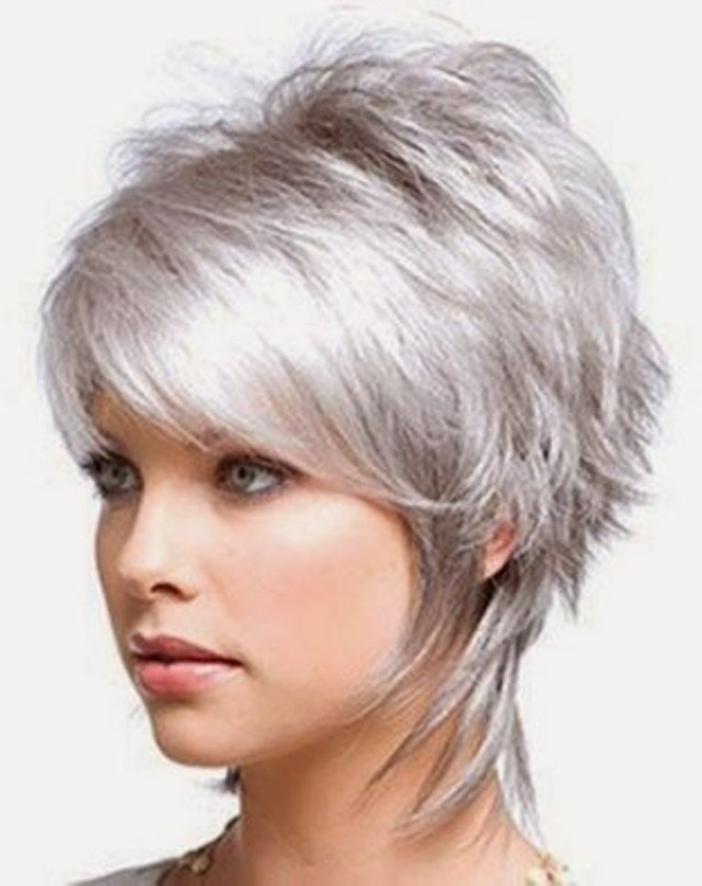25 Short Hairstyles For Fine Hair To Try This Year The