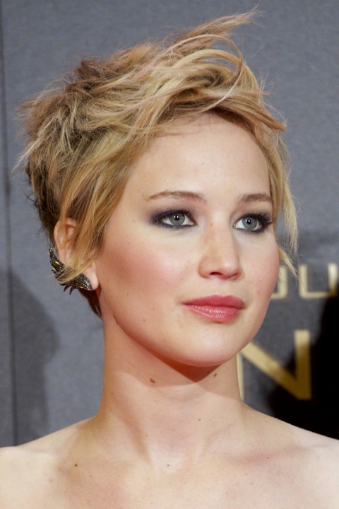25 Best Haircuts For Thin and Fine Hair - The Xerxes