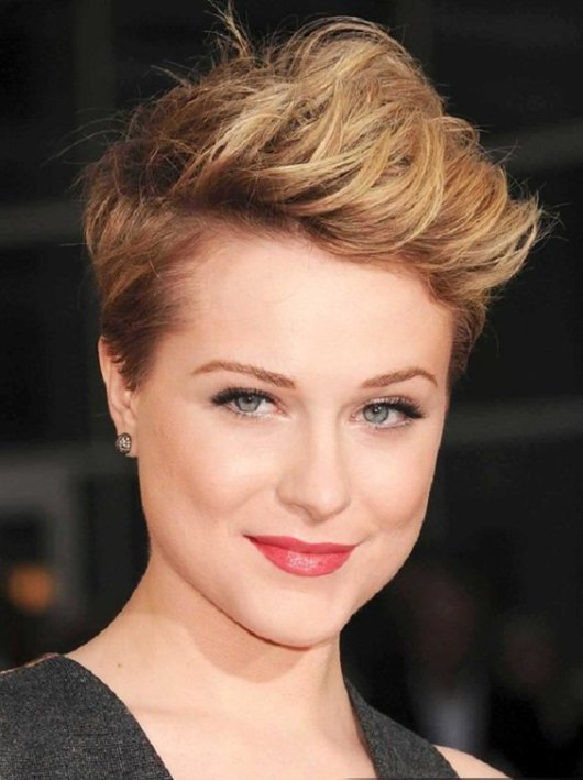 Trendy Short Hairstyles for Round Face ideas
