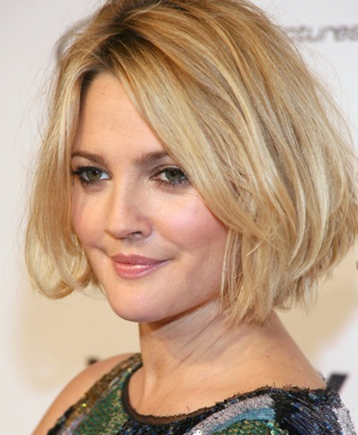 25 Hairstyles and Haircuts for Round Faces in 2016 - The Xerxes