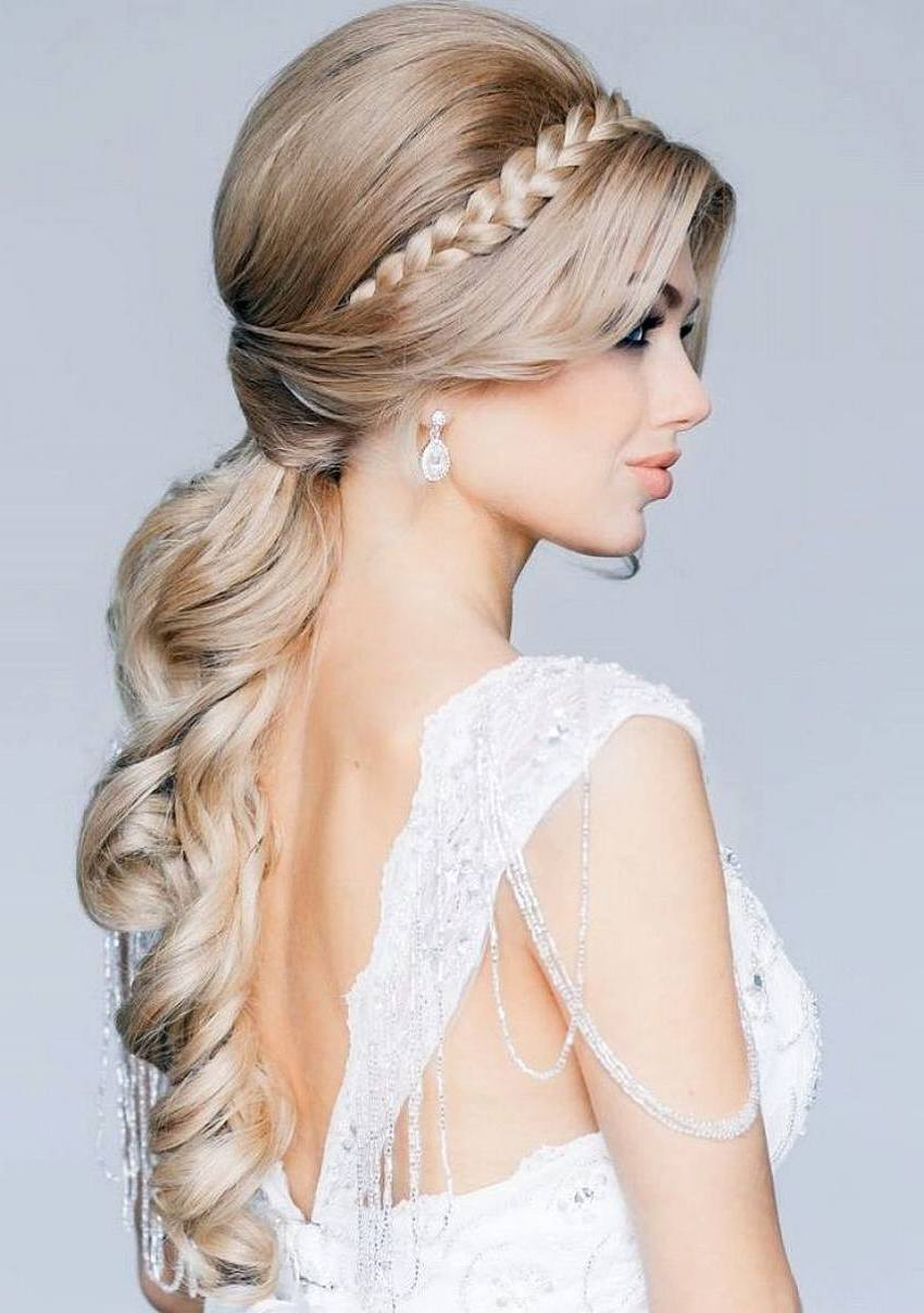 Hairstyles For Weddings For Romantic Bridal Looks - The Xerxes