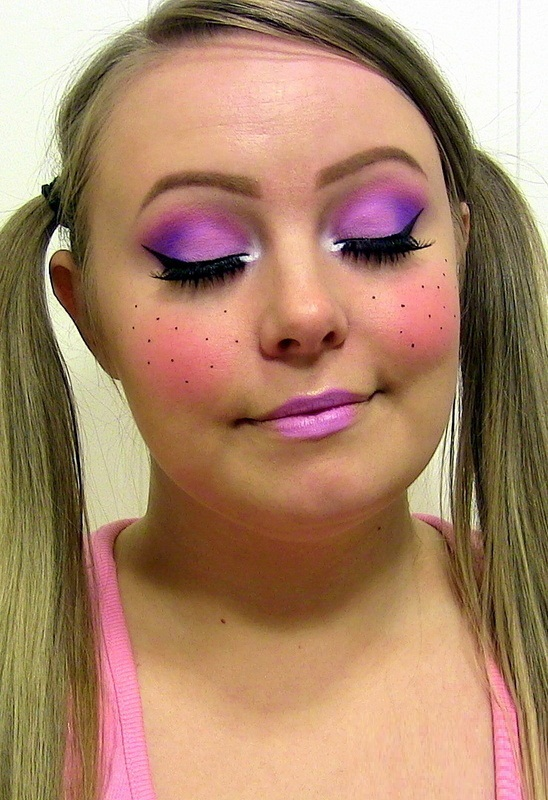 Cute Halloween Doll Makeup