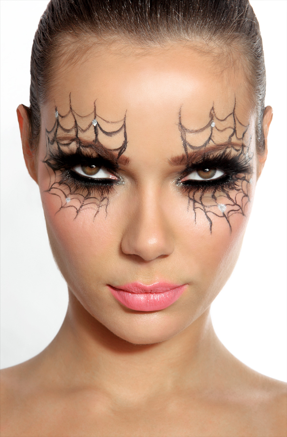 Spider Web Halloween Make Up Eyes
