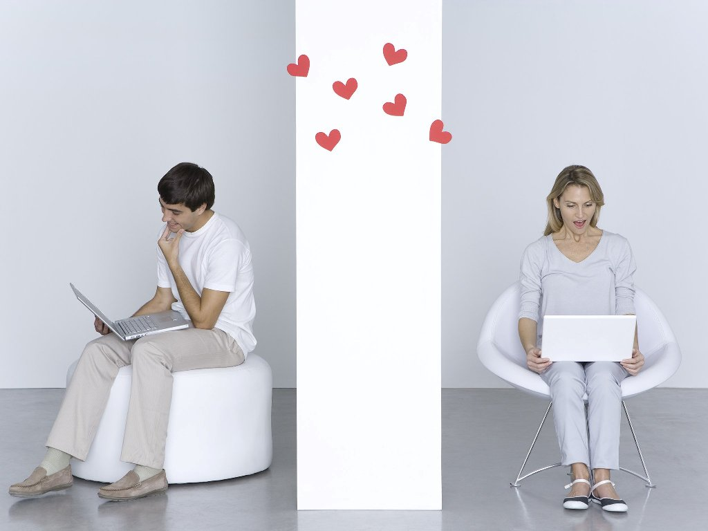 when was the first internet dating site created